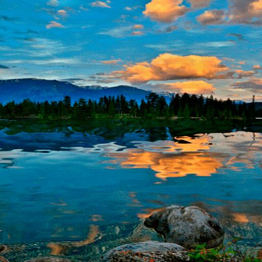 Cloudy River Live Wallpaper