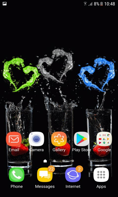 Strawberry Hearts Live Wallpaper